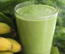 Green protein smoothie 30 g pepitas 70 g almonds 180 g ice cubes 150 g spinach leaf, fresh, washed 1 kale leaf, stalk removed 20 g honey, to taste 150 g water Juice Smoothie, Smoothie Drinks, Smoothie Recipes, Protein Smoothies, Green Smoothies, Yummy Drinks, Healthy Drinks, Healthy Recipes, Healthy Eating