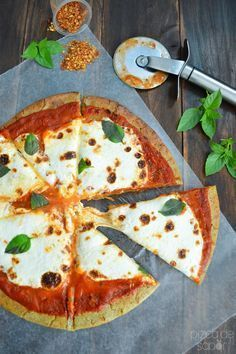 Pizza de quinoa -sin gluten, saludable, fácil de preparar, paso a paso - Top Of The World Veggie Recipes, Real Food Recipes, Vegetarian Recipes, Cooking Recipes, Healthy Recipes, Healthy Cooking, Healthy Snacks, Healthy Pizza, Comidas Light