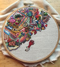 hand embroidery stitches for crazy quilts Embroidery Sampler, Embroidery Patterns Free, Hand Embroidery Stitches, Embroidery Hoop Art, Hand Embroidery Designs, Cross Stitch Embroidery, Machine Embroidery, Knitting Stitches, Wool Embroidery