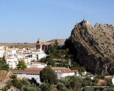 """#Granada - #Castril - Ruta de Ibn al-Jatib - 37º 47' 52"""" -2º 46' 59"""" / 37.797778, -2.783056  Entre las sierras de Marmolance y de Duda llegamos a Castril, donde podremos admirar, entre otros: la iglesia parroquial es de los edificios más interesantes de Castril, con dos portadas de los siglos XVI y XVII. Aparte tiene restos de murallas y torres de la época árabe y también se conserva algo de un puente romano construido hace unos dos mil años."""