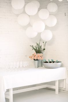 9 Easy Ways To Decorate For a Party via @decor8 @leslieshewring - STYLING: Leslie Shewring PHOTOS: Kelly Brown