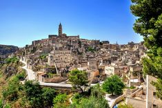 Matera: Walking Tour of the Sassi - Alberobello, Italy Villas, Medieval, Underground Tour, Regions Of Europe, Cities In Italy, Key West Florida, Italy Tours, Southern Italy, Bryce Canyon
