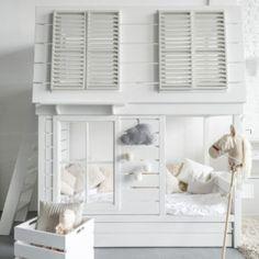 Кроватка-домик двухъярусная | Moonsters