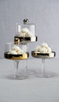 Our stylish Pedestal Cake Stands are tailor-made for your chic confections.