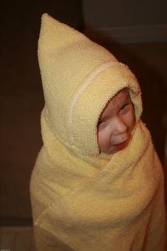 basic & fast hooded towel.
