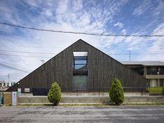 Ogaki House by Katsutoshi Sasaki + Associates http://www.homeadore.com/2013/08/08/ogaki-house-katsutoshi-sasaki-associates/
