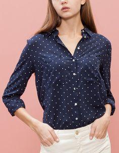 En Stradivarius encontrarás 1 Camisa bolsillos para mujer por sólo 15.95 € . Entra ahora y descúbrelo junto con más ROPA.