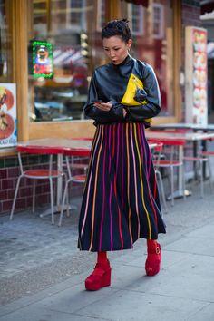 On the street at London Fashion Week. Photo: Chiara Marina Grioni.