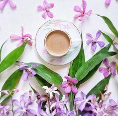 Have a wonderful weekend ☕ . . #momentsofmine #onthetableproject #coffeeandseasons #floralarrangement #flatlaytoday #flatlayforever #adoremycupofcoffee #mywhitetable #styleonmytable #naughtyteas #still_life_gallery #tv_stilllife #inspiredbypetals #click_dynamic #ccseasonal #petalsandprops #pocket_flowers #styleonstillness #cups_are_love #stilllife_perfection #flowerstagram #theflatlaysquad #playingwithpetals #lovely_squares_1 #tv_neatly #botanicalpickmeup #raw_flatlays #creativeflatlay...