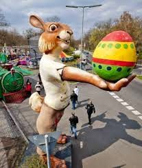 Giant Easter bunny greets visitors to Britzer Garten amusement park on Good Friday in Berlin. March Equinox, Hershey Park, A Moveable Feast, Celebration Around The World, Jesus Resurrection, Easter Traditions, Vintage Candy, Easter Candy, World Photo
