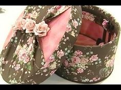 Love the fabric. Ribbon Box, Fabric Covered Boxes, Altered Cigar Boxes, Dollar Tree Decor, Shabby Chic Crafts, Hat Boxes, Pretty Box, Sewing Art, Diy Box