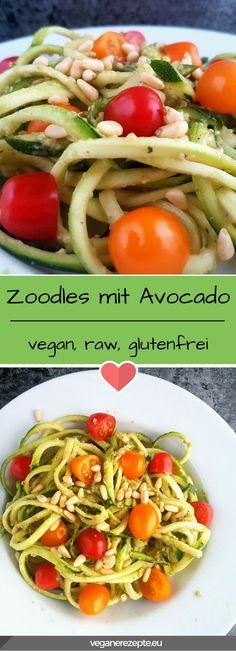Leckere Zucchini Nudeln mit Avocado. Schneller geht keine andere Mahlzeit. #zoodles #zuchhini #nudeln #avocado #lowcarb #vegan #raw #rohvegan #glutenfrei