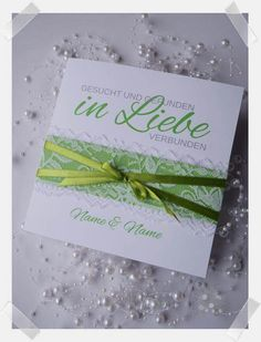 Handgefertigte Einladung zur Hochzeit mit Spitze und Satinband. In jeder Wunschfarbe individuell gestaltet erhältlich. Creative, Invites Wedding, Host Gifts, Card Wedding, Little Gifts, Lace, Handmade, Birthday