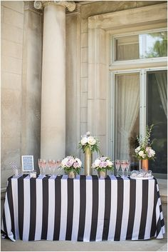 Stripped wedding table  | Image by Poly Mendes Photography, see more http://www.frenchweddingstyle.com/pretty-parisian-wedding-inspiration/
