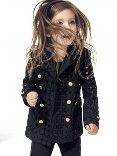 Flor Gil Demasi para a campanha de verão 2013 da Versace Kids.