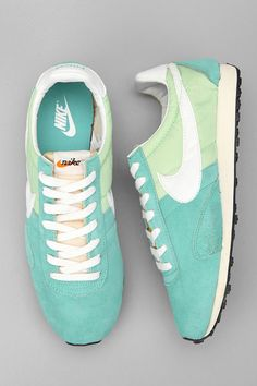 Bring on Spring! Mint + Seafoam = Glorious combo!