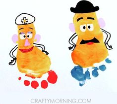 Footprint Potato Head Kids Craft (Toy Story) - This would be so fun and a cute remembrance. Daycare Crafts, Baby Crafts, Crafts To Do, Preschool Crafts, Kids Crafts, Disney Crafts For Kids, Daycare Rooms, Toy Story Birthday, Toy Story Party