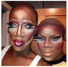 When makeup goes terribly wrong. i hope these 2 are at least drag queens. Maquillage Horrible, People Of Walmart, Stupid People, Strange People, Funny People, Epic Fail, Makeup Gone Wrong, Ugly Makeup, Hilarious Pictures
