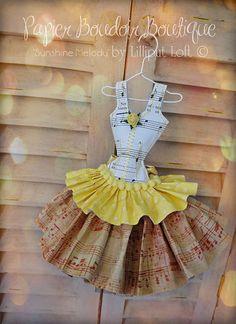 Papier Boudoir Boutique - Sunshine Melody paper dress
