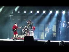 AC DC with AXL Rose Back in Black Sevilla Estadio La Cartuja 10 05 2016