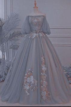 Pretty Prom Dresses, Cute Dresses, Beautiful Dresses, Wedding Dresses, Elegant Dresses, Vestidos Vintage, Vintage Dresses, Vintage Ball Gowns, Mode Adidas