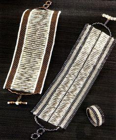 Peyote met bugles. Bugles in peyote stitched bracelets