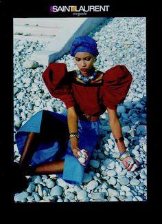 Circa 1982 - Amalia Varelli for Yves Saint Laurent Rive Gauche Photo helmut Newton 80s Fashion, Fashion History, High Fashion, Vintage Fashion, Fashion Beauty, Vintage Mode, Moda Vintage, Yves Saint Laurent, Claudia Schiffer