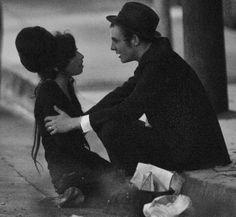 Amy Winehouse and Blake Fielder-Civil Amy Winehouse, Janis Joplin, Pete Doherty, Role Models, Candid, My Idol, Beautiful People, Pretty People, Rock Music