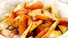 These roasted vegetables will go fantastically with any festive meal. The honey drizzled over the vegetables gives them a really sweet taste. Roasted Carrots And Parsnips, Roasted Vegetables, Real Food Recipes, Great Recipes, Christmas Side Dishes, Baby Carrots, Seasonal Food, Family Meals, Aga