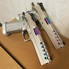 10.1 тыс. отметок «Нравится», 8 комментариев — Uniqueweapons (@uniqueweapons) в Instagram: «double trouble @kgunz11»