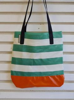 https://wyattandjack.myshopify.com/collections/all-products-recycled-deckchair-canvas-bags/products/t-o-t-e-s-l-t-d-e-d-i-t-i-o-n