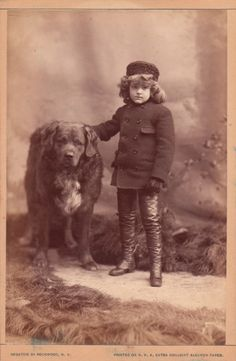 vintage everyday: 51 Adorable Photos Show That Dogs Have Always Been Children's Best Friends From Long Time Ago Vintage Children Photos, Vintage Pictures, Old Pictures, Animal Pictures, Huge Dogs, I Love Dogs, Photos With Dog, Weird Vintage, Pets