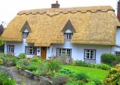 Streetly End Thatched Cottage pieces) English Country Style, Thatched Roof, Cottage Gardens, Treehouse, Cottages, Sweet Home, Puzzle, Trees, England
