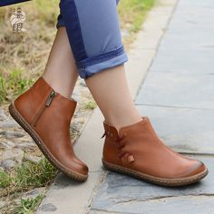 96.05$  Buy here - http://aliqee.worldwells.pw/go.php?t=32736692145 - 2016 new genuine leather women shoes leisure large size 41-43 ankle boots handmade art women boots