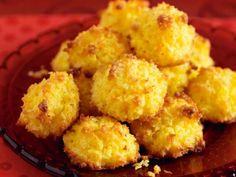 Kokostoppar med citron och vit choklad - für Kasmea zum Geburtstag Cauliflower, Tart, Vegetables, Ethnic Recipes, Food, Bakken, Cauliflowers, Pie, Veggies
