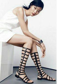 Stuart Weitzman Black Patent Leather Studded Flat Gladiator Sandals Shoes, 5.5 #StuartWeitzman #Gladiator #Casual