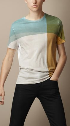 Burberry Abstract Check Graphic T-Shirt on shopstylecouk Umgestaltete Shirts, Printed Polo Shirts, Half Shirts, Boys T Shirts, New T Shirt Design, Shirt Designs, Summer Swag Outfits, Geile T-shirts, Check Shirt Man