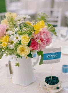 Planning + Event Design: Amorology Weddings - amorologyweddings.com/ Floral Design: Twigg Botanicals - twiggbotanicals.com/ Photography: Jill Thomas Photography - jillthomasphotography.com  Read More: http://www.stylemepretty.com/2011/12/08/temecula-wedding-by-jill-thomas-photography/