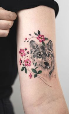 50 of the most beautiful wolf tattoo designs the internet has ever seen - great . - 50 of the most beautiful wolf tattoo designs the internet has ever seen – great wolf tattoo ideas - Wolf Paw Tattoos, Wolf Tattoos For Women, Dog Tattoos, Animal Tattoos, Sexy Tattoos, Cute Tattoos, Beautiful Tattoos, Body Art Tattoos, Tattoo Wolf