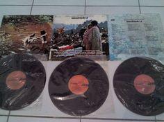 para conocedores /coleccionistas/o simple nostalgia . . discos de venta LPs (3) en cover original (portada) con plasticos originales WOODSTOCK concierto del 69 . . llama/manda whats . al 9982308805. . .