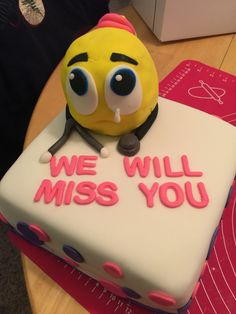 Sara's farewell cake :( Farewell Cake, Cake Stuff, Food Decoration, Custom Cakes, How To Make Cake, Cake Ideas, Pose, Desserts, Design