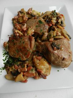 old fashioned veal sauté - it's not pie - Cuisine veau - Meat Recipes Kitchen Recipes, Snack Recipes, Healthy Recipes, Veal Recipes, Fish And Meat, My Best Recipe, Food And Drink, Healthy Eating, Dishes
