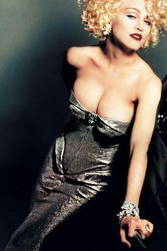 "ohyeahpop: ""Madonna by Patrick Demarchelier. Celebrity Photos, Celebrity Style, Divas Pop, Lady Madonna, 80s Madonna, Madonna Pictures, Moda Vintage, Music Icon, Material Girls"