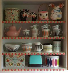 My retro kitchen whit a lot of kitsch. Love Superliving. I also love my retro canisters that are from sweden.
