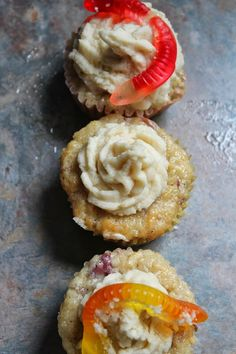 apple cupcakes with maple frosting foodie ventures