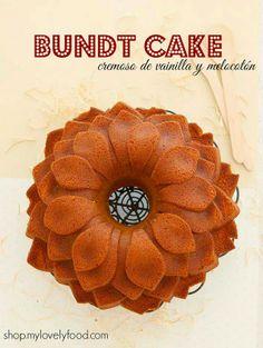 Bundt Cake cremoso de Vainilla y Melocotón