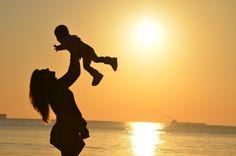 Adoptar un niño siendo soltera en españa