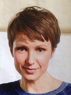 Julia Koschitz im DM Magazin