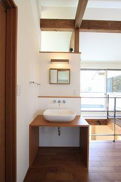 Small Places, Washroom, House Rooms, Bathroom Interior, Woodworking Crafts, Powder Room, Small Bathroom, Diy Furniture, Bathtub
