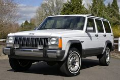 Bid for the chance to own a No Reserve: 1990 Jeep Cherokee at auction with Bring a Trailer, the home of the best vintage and classic cars online. Plastic Cladding, White Jeep, Jeep Brand, Vintage Jeep, Jeep Cherokee Xj, Honda Civic Si, Mitsubishi Lancer Evolution, Nissan 350z, Nissan Skyline